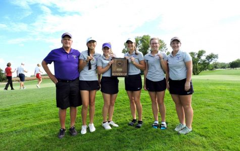 Girls' Golf Takes Second Place at Central 10 Meet