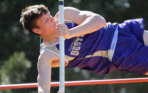 Boys' Track Wins Holdrege Invite