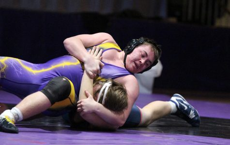 Wrestlers Compete at Challenging Sidney Meet