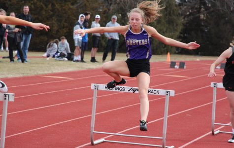 Girls' Track Competes at Windy GINW Meet