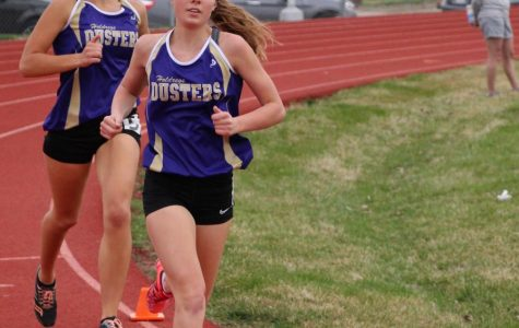 Girls' Track Places Third at Holdrege Invite