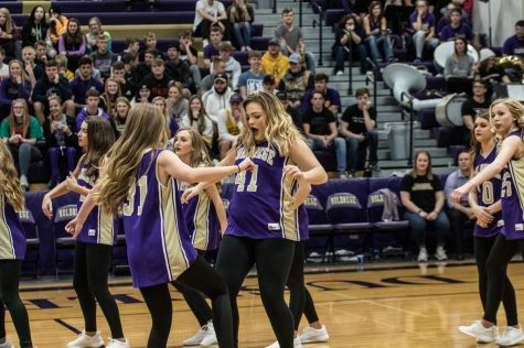 Twisters Dance Team Gets in the Groove