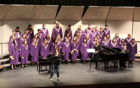 HHS Choirs Work Hard to Perform Fall and Winter Concerts